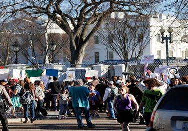 Protestan contra Trump el 'Día del Presidente'
