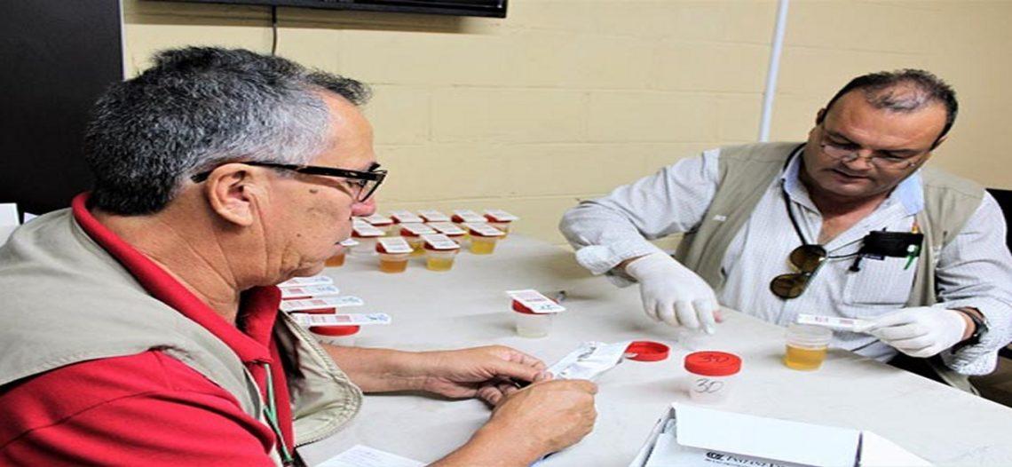 Realizan examen toxicológico a operadores de Transporte Especializado de Personal