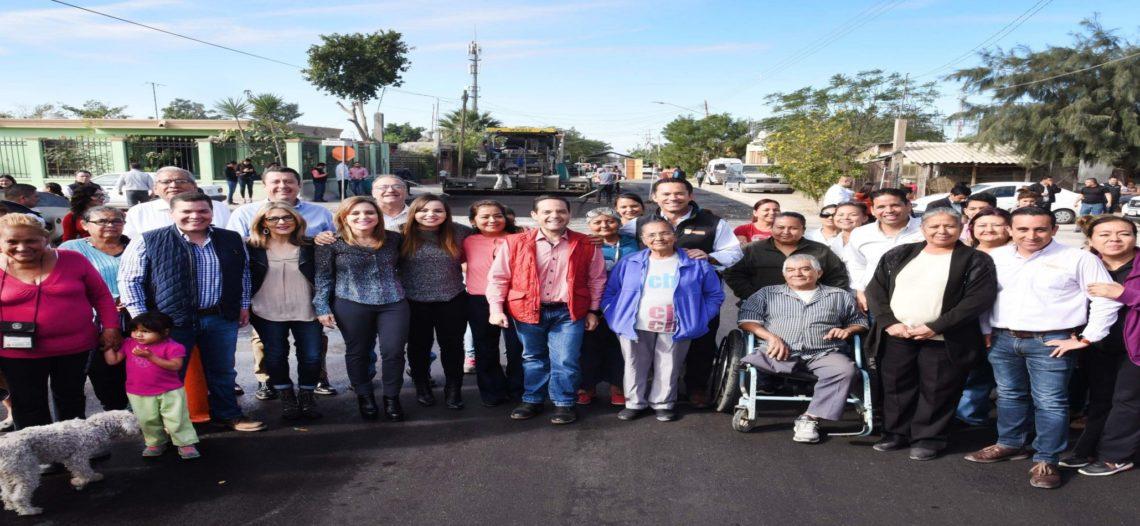 Termina Maloro Acosta con 10 años de espera por pavimentación