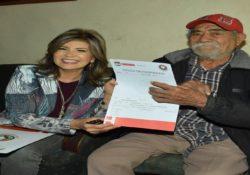 Continúa Ayuntamiento brindando certeza jurídica a adultos mayores