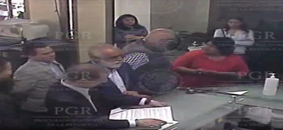 Ordena INE a PGR bajar videos y comunicados del caso Anaya