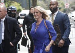 Juez sopesa postergar caso de actriz porno