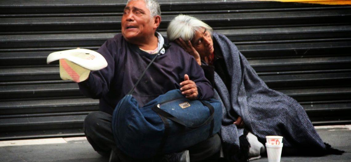 Hay 2.2 millones de mexicanos menos en pobreza