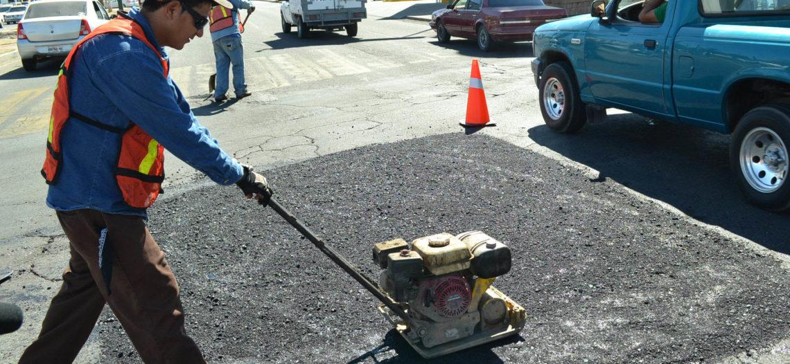 Municipios se benefician con pavimentación de sus calles