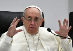 Ordena Papa envío de 100 mil dólares a afectados por Volcán de Fuego