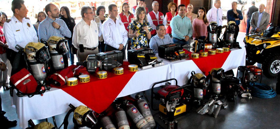 Entrega Patronato de Bomberos de Hermosillo unidades y equipamiento
