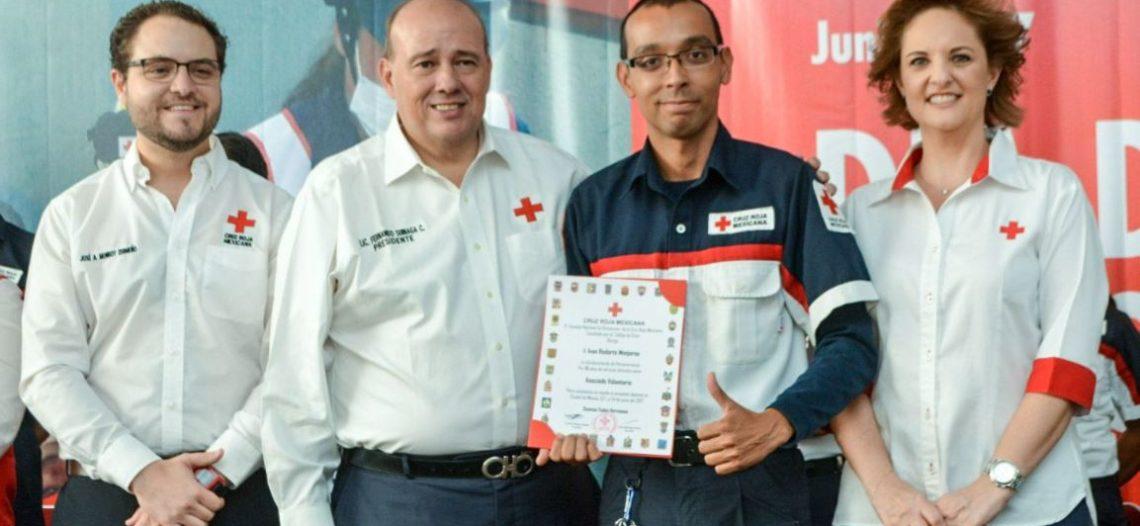 Reconoce Cruz Roja labor de socorristas