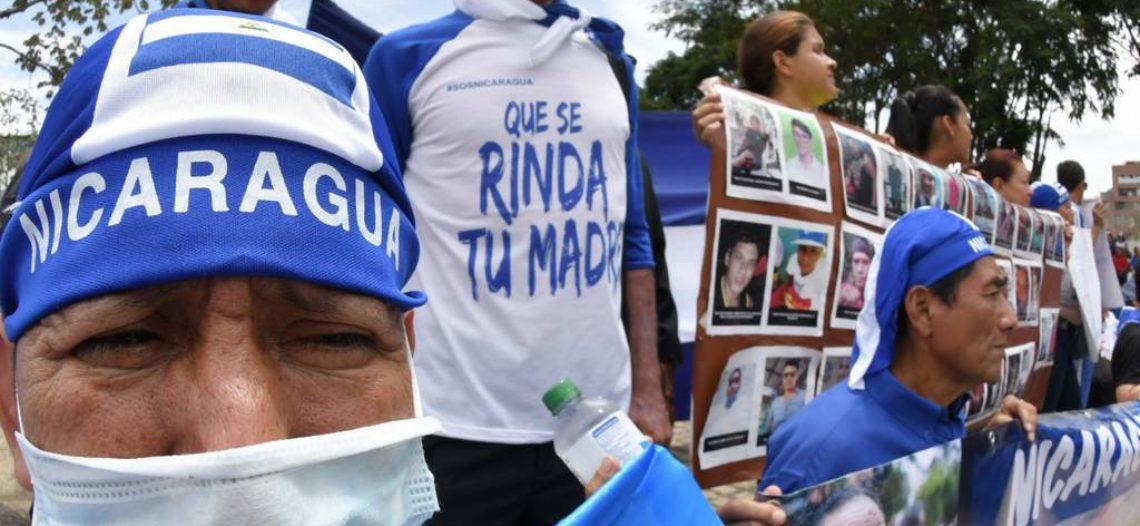 Nicaragüenses atiborran gasolineras tras anuncio de paro