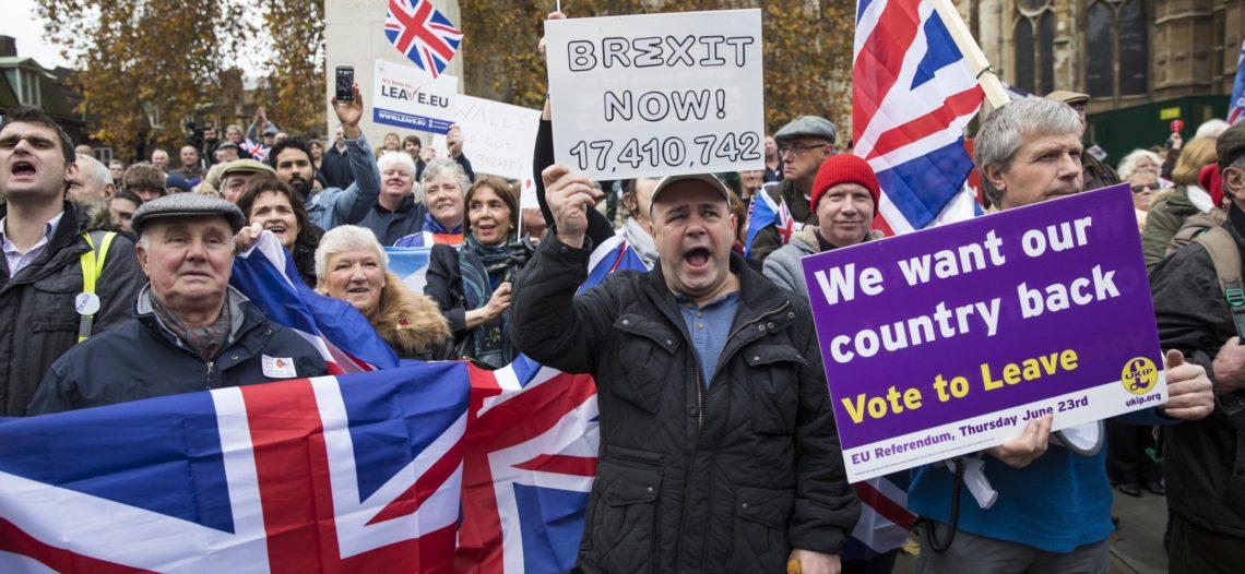 Miles de británicos reclaman nuevo referendo sobre el Brexit