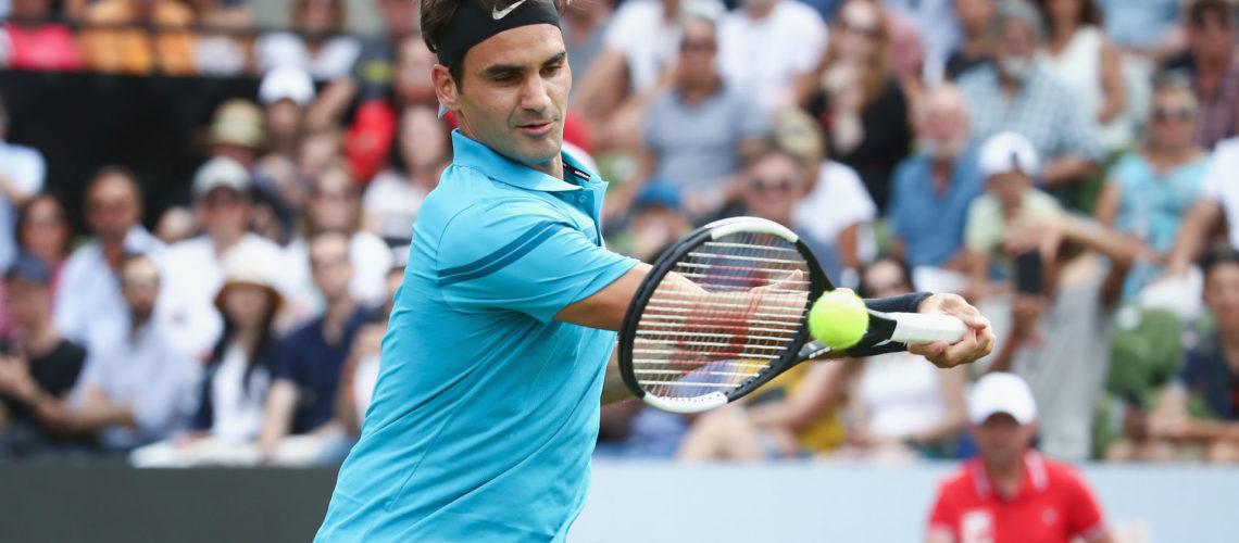 Con paso firme, Federer a la semifinal en Halle
