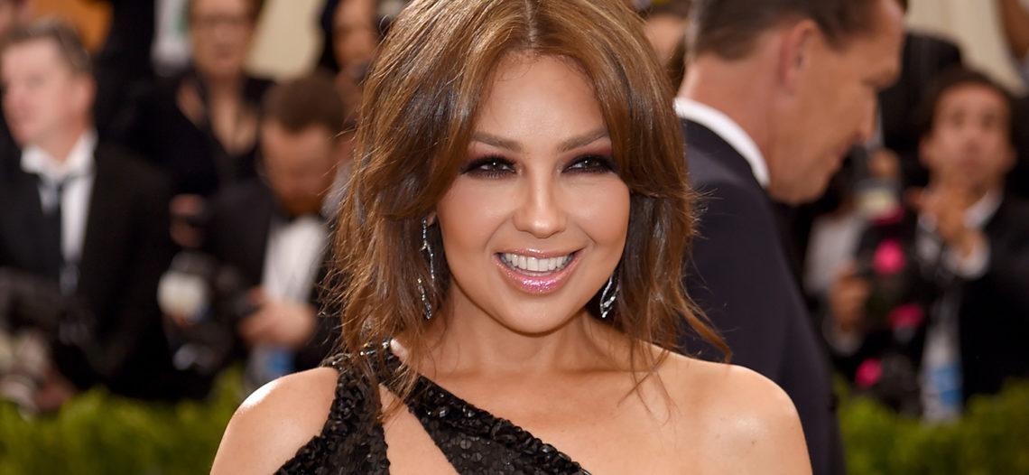 Thalía comparte sus 'encantos' en redes sociales