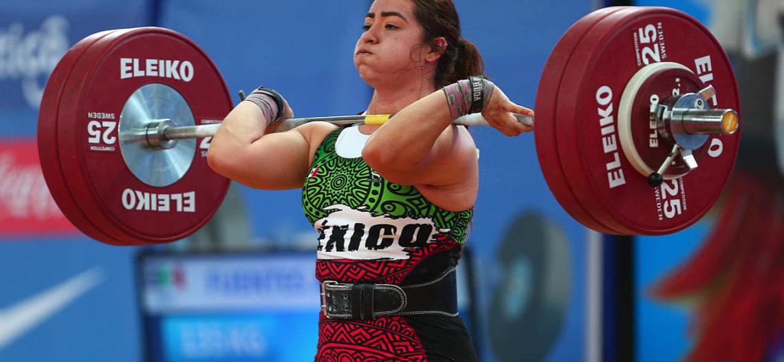 Oro y récord para Aremi Fuentes en halterofilia