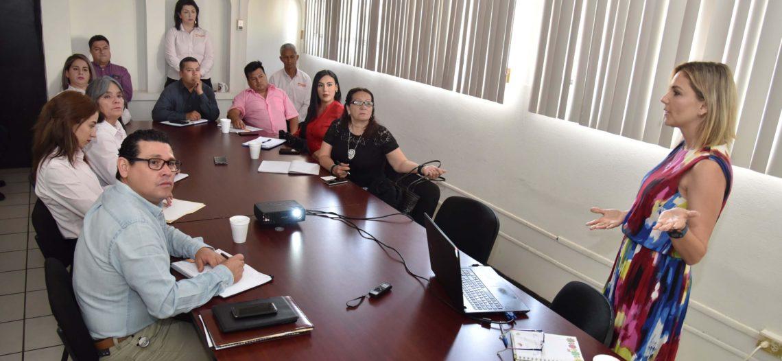 Continúan reuniones informativas en dependencias municipales
