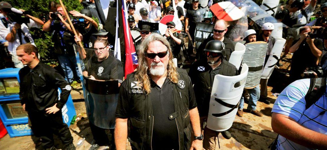 Supremacistas blancos se manifiestan en el corazón de Washington