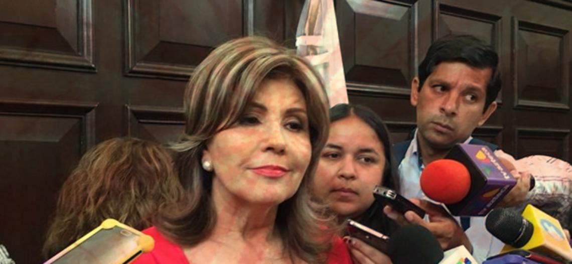 Entre basura, empresas fantasma y despojos de terrenos, se despide Angelina Muñoz
