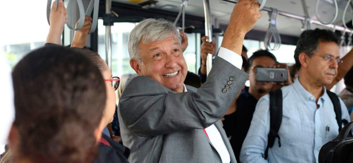 Vuelo de López Obrador se retrasa 5 horas; 'es normal', dice