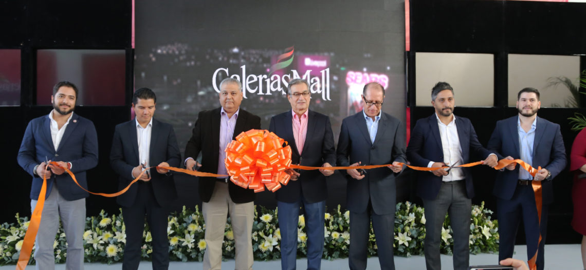 Inaugura Secretario de Economía ampliación de Galerías Mall