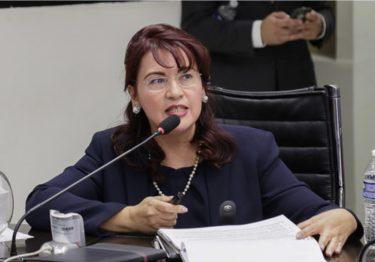 Claudia Indira Contreras Córdova es la nueva Fiscal de Justicia