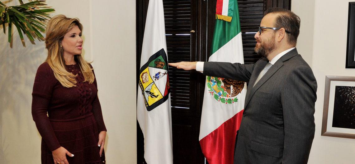 Gobernadora toma protesta a David Anaya como Secretario de Seguridad Pública