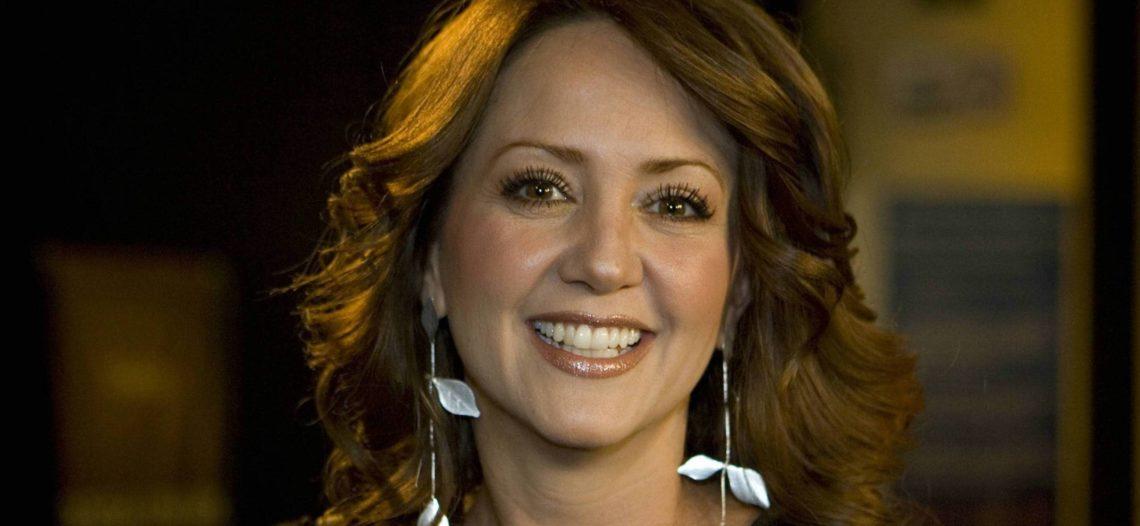 Señalan a Andrea Legarreta por estar engañando a Érik Rubín
