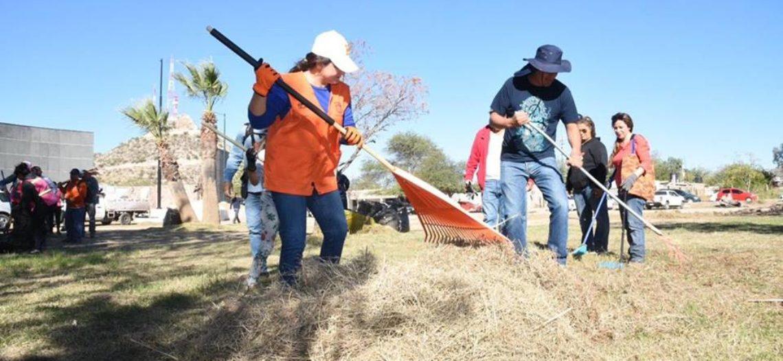 Realizan jornada de limpieza en la Hacienda de la Flor
