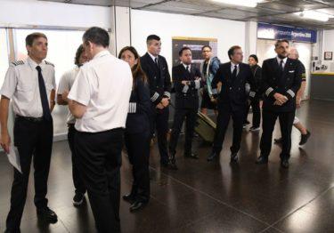 Pilotos argentinos convocan a dos días de huelga