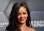 Rihanna demanda a su padre por usar su marca