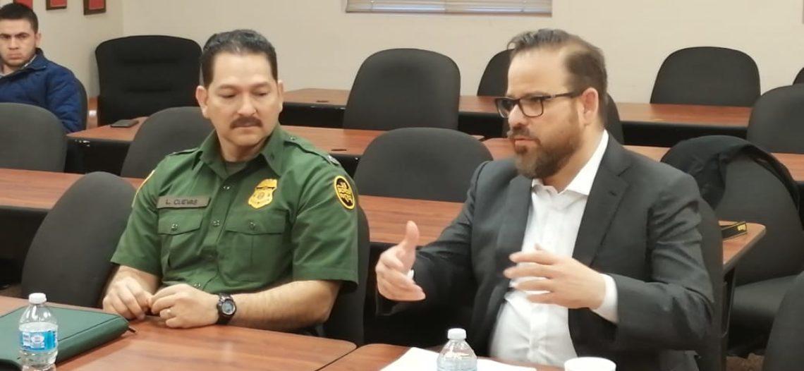Se reúne titular de SSP con jefe de Border Patrol en Yuma