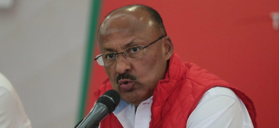 René Juárez declina a dirigir nuevamente al PRI