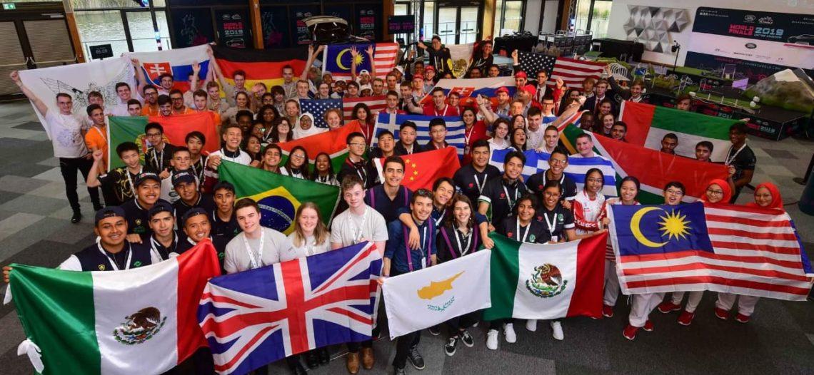Ganan alumnos del Cobach premio a La Mejor Identidad en competencia Land Rover 4×4