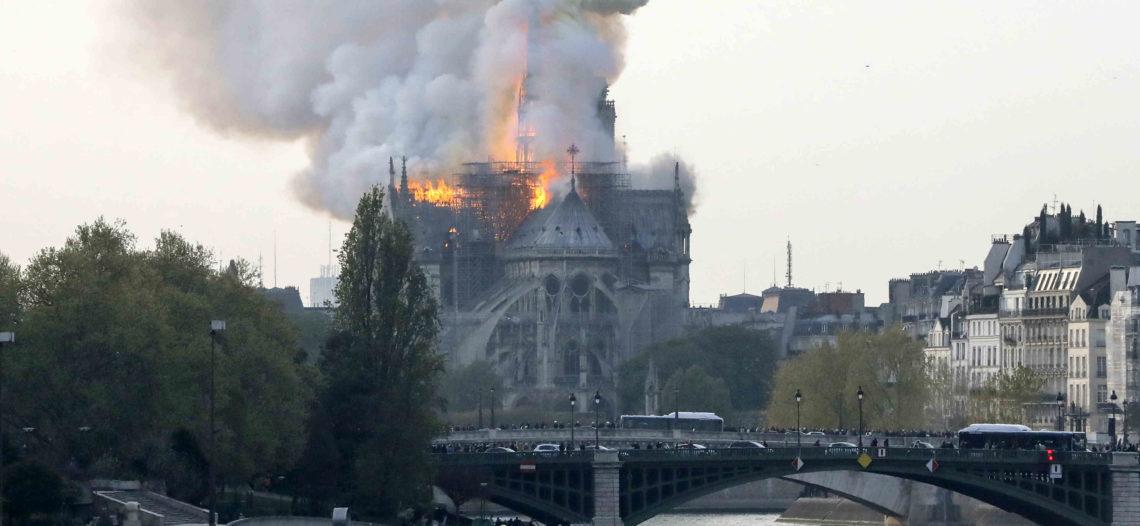 Reconstrucción tardará 5 años: Emmanuel Macron