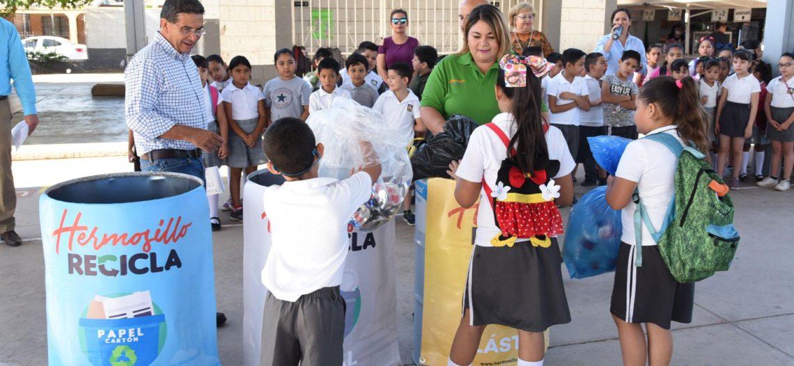 Suma Ayuntamiento a niños a la celebración del Día Mundial del Reciclaje