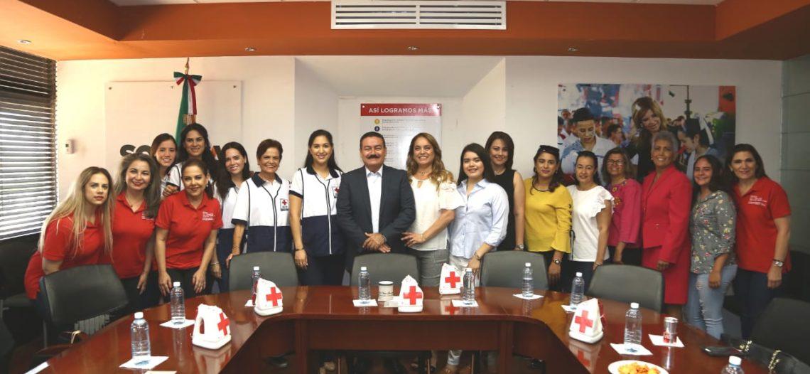 Se suma SEC a boteo de colecta anual de Cruz Roja