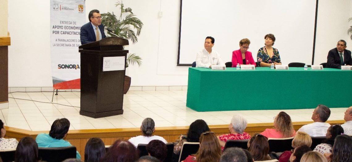 Entrega Salud Sonora más de 300 becas para capacitación