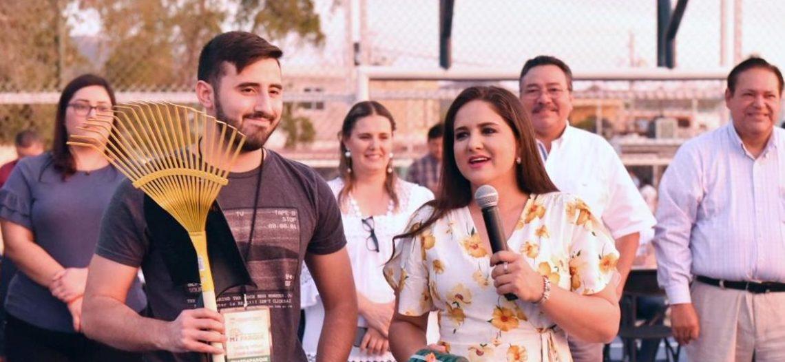 """La Alcaldesa llevó el programa """"Tú Transformas Tu Colonia"""" a Perisur"""