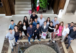 Recibe UES a estudiantes extranjeros de intercambio