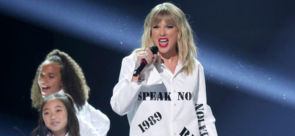 Taylor Swift destrona al Rey del Pop