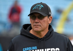 Panteras despiden a Ron Rivera