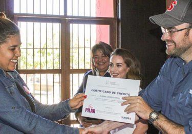 Soy Pilar: emprenden negocios, cristalizan sueños: Manuel Puebla