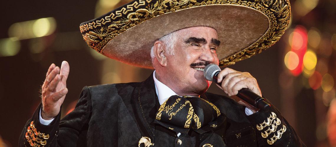 Vicente Fernández cumple 80 años y sigue siendo el rey