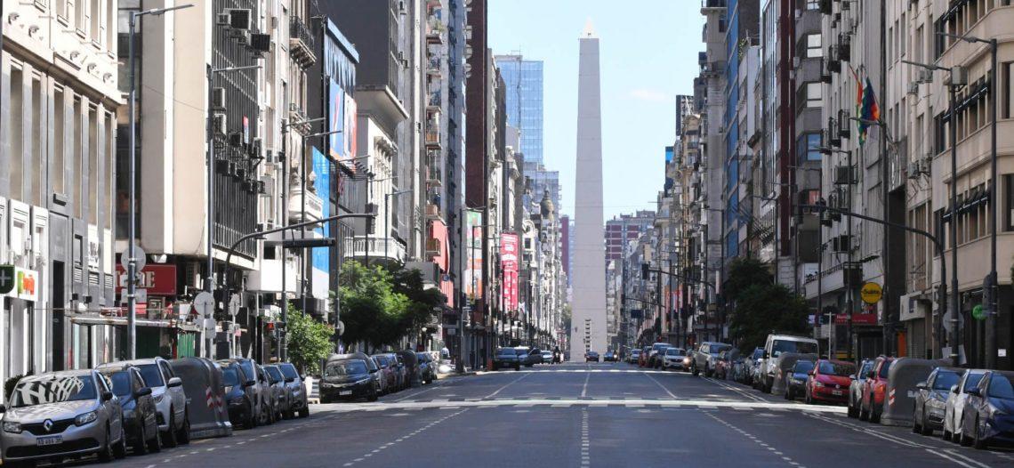 En Argentina inician periodo de cuarentena; Cuba decide cerrar frontera