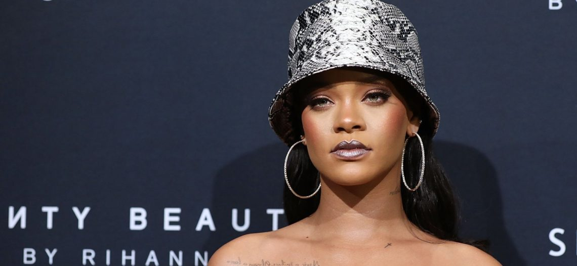 Rihanna dona 5 mdd en apoyo contra el coronavirus